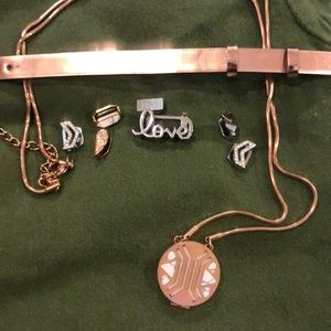 Keep collective lot all included. Color rose gold